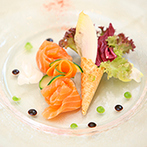 EXEX SQUARE (エグゼクス・スクエア):美味しい料理が、おもてなし第一のふたりを魅了。二人三脚で結婚式を創り上げるスタッフの人柄も決め手に