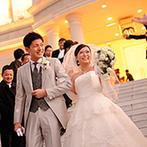 MARRIVEIL THE SPIRE & HIDEAWAY:クリスタルがきらめく大聖堂にひとめぼれ。敷地内にあるリゾート邸宅を貸切にして楽しいガーデン演出も