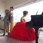 KKRホテル金沢:ピアノと歌で届けた感謝の気持ち。ふたりも練習から参加した余興で、踊って、弾けて、盛り上がった!