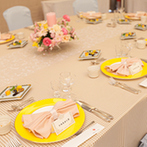 KKRホテル金沢:憧れのドレスにあわせて、春らしく可愛く会場をコーディネート。シェフ自慢の料理をおもてなしの要に