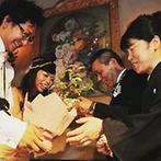 薔薇舘:コーディネートやアイテムにもこだわったパーティ。故郷の食材を取り入れたメニューはゲストに喜ばれた