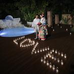 ラ・ルーチェ デル ソーレ:ガーデンを使ったサプライズでゲストは大盛り上がり!写真撮影や友人の余興など、みんなで楽しむパーティに