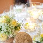 北野ガーデン:手作りアイテム&好きな花でパーティ会場をふたり色に染めた。彩り鮮やかな美食でゲストをおもてなし