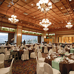 ウェスティン都ホテル京都:京都の自然を望む上質なホテル。披露宴を華やかに彩ってくれる、日本の伝統的な空間に心を奪われた