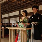 ウェスティン都ホテル京都:歴史的価値の高い重要文化財での厳かな神前式に感無量。挙式前にホテルで記念撮影をして思い出も残せた
