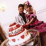 La Felice(ラ フェリーチェ):パーティ会場&ケーキを可愛らしいデザインでまとめた。シェフが腕を振るった美食で、歓談が弾むひと時に