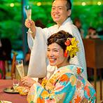 響 風庭 赤坂(HIBIKI):エントランスでは100枚もの写真がゲストをお出迎え。和の装いもぴったりのバンケットで贅沢にもてなした