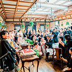 PAVILION COURT(パビリオンコート):ゲストとの距離を近くに感じるパーティ会場だからこそ、親族も含め、みんなで幸せな思い出を分かち合えた!