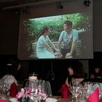ヒルトン大阪:人気映画の口パク映像で楽しいパーティの始まり。大スクリーンはタブレット端末と中継するめずらしい演出も