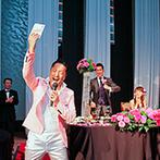 ヒルトン大阪:各卓フォトも取り入れて、みんなと一緒に楽しんだアットホームな時間。ゲストも余興で盛り上げてくれた