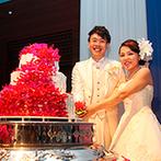 琵琶湖ホテル:天井高7mもの空間をトロピカルな装花で彩り、南国チックに。オリジナルケーキや美味しい料理に大満足