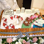ザ・グランドティアラ 岡崎:シックにまとめた会場でパーティ。こだわりのウエディングケーキは、見た目のインパクトも美味しさも抜群!