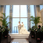 ラグナスイート新横浜 ホテル&ウエディング:ゲストハウスとホテルが融合したウエディングステージ。新横浜駅徒歩2分の好立地と理想的な空間に即決