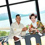 W THE STYLE OF WEDDING:息をのむほど美しいチャペルに感動!桜島を一望する会場を貸切にして、ゲストと楽しむ結婚式を思い描けた
