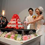 マリエール神水苑:ケーキカットはゲストが前に集まり、和やかな撮影タイムに!新郎の父の誕生日を、143名のゲストと祝福した