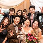 オリエンタルホテル 神戸・旧居留地:お色直しではヘアスタイルまでがらりとチェンジ。突撃インタビューやメッセージカードでも楽しく交流!