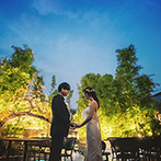 オリエンタルホテル 神戸・旧居留地:同会場での二次会を含め、花嫁は4着の衣裳を着用。和装・洋装の全てが映えるよう、会場コーデや演出を工夫