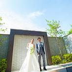 伊勢山ヒルズ:ゲストが訪れやすい好立地と、豪華な空間がふたりの希望にぴったり。コーディネートのイメージも膨らんだ