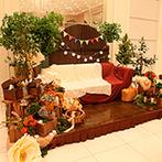 ララシャンス 迎賓館:パーティのテーマは「森の秘密基地」。オシャレに飾ったソファ席が、写真撮影や歓談の場所として大活躍!