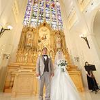 THE GRAN SUITE(ザ・グランスイート):ステンドグラスから降り注ぐ光、祭壇の繊細な彫刻が圧巻。大扉の入場シーンからアフターセレモニーまで満喫