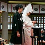 東郷神社・ルアール東郷:静寂な空間が広がる東郷神社で厳かな誓い。神前式に初めて参列したゲストからは「新鮮だった」との声も