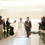 姫路モノリス 旧逓信省姫路別館(HIMEJI MONOLITH):都会の隠れ家のようなクラシックな洋館と、真っ白に輝くクリスタルのチャペル。このギャップにひと目惚れ!