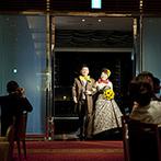 姫路モノリス 旧逓信省姫路別館(HIMEJI MONOLITH):全スタッフがすべての情報を共有し、ふたりをサポートする貸切会場。ドレスや小物など細部の提案も丁寧