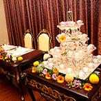 セント ブリリア大聖堂 ブリリアント ローズ小山:プライベート感溢れる邸宅をハロウィンらしく飾り付け。好きなキャラをのせたオリジナルケーキが注目の的に