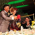 司ロイヤルホテル:ゲストと心が近づくキャンドルサービス。美味しいデザートは、ビュッフェスタイルで自由に楽しんでもらった