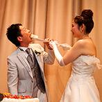けやき坂 彩桜邸 シーズンズテラス(けやきざか さいおうてい):空や緑を感じられる、非日常感たっぷりのパーティ会場。幅広い年代のゲストが楽しめるよう料理もこだわった