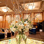 THE SAIHOKUKAN HOTEL(長野ホテル 犀北館):デートで度々訪れた思い出のプラネタリウムをテーマに、会場をコーディネート。星がきらめく空間に感動