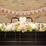 マリーゴールド山口:たくさんの手作りアイテムをはじめ、新婦の好きな色合いの装花で、貸切一軒家をふたりらしくコーディネート