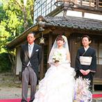 五十嵐邸ガーデン(THE GARDEN HOUSE IKARASHI):広大な日本庭園を擁する邸宅は、非日常を味わえる空間。花火演出が叶うことやプランナーの提案が決め手に