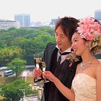 岡山プラザホテル:チャペルの雰囲気と会場からの眺め、アットホームな空間を重視。ゲストと心通わせる一日が叶う予感がした