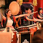 ザ フナツヤ:新婦も加わった太鼓演奏の余興で、会場の一体感が高まった。お箸で楽しめるおもてなしの美食にゲストも舌鼓