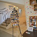 ミ・ピアーチェ:アレンジ自在な真っ白な空間。たくさんの写真が飾られた館内は、ゲストとの思い出が詰まったアルバムのよう