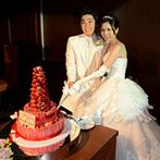 フルーツパーク富士屋ホテル:コーディネートから演出まで、会場にちなんでフルーツがたくさん!オリジナルケーキにもイチゴがたっぷり