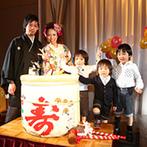 甲府富士屋ホテル:鏡開きでダイナミックに始まった披露宴。美食&種類豊富な飲物を楽しむ、至福のひと時をゲストにプレゼント