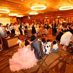 甲府富士屋ホテル:着実に準備が進むよう気を配ってくれた心強いスタッフ。新郎新婦に内緒のサプライズもしっかり対応