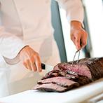 NIIGATA MONOLITH(新潟モノリス):階段入場や噴水、オープンキッチンなどサプライズな演出も!グレードアップしたお肉で特別感あるおもてなし