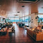 AMANDAN BLUE 鎌倉(アマンダンブルー鎌倉):プロポーズの舞台となった海辺の貸切空間。素敵な景色がゲストの思い出に刻まれるアットホームな一日を予感