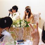 PARK SIDE HOUSE OSAKA(パークサイドハウス大阪):どんな色も映える白亜の空間を、大好きな北欧ブランドのアイテムで装飾。趣味のカメラでゲストをパチリ!