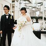 アルモニーアッシュ(HARMONIE H at State Himeji Bank):ブーケ&ハムプルズなど、個性溢れる演出の数々で盛り上がった。美味しい料理にゲストも思わず笑顔!