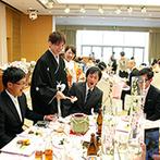 ホテル日航新潟:ゲストとの距離が近いアットホームな披露宴。一人ひとりへのお酌や各卓でのミニ鏡開きなど演出も工夫した