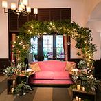 フォーチュン ガーデン 京都(FORTUNE GARDEN KYOTO):ゴールドの装飾や思い入れのあるクリスマスアイテムをちりばめて、季節感たっぷりのパーティを満喫