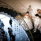 ピエトラ・セレーナ:螺旋階段からの優雅な入場シーンに胸が弾んだ。厳かな挙式が叶う本物のキリスト教会も大きな決め手に