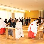 上野精養軒:見学をして和装のイメージが広がったふたりは神前挙式を選んだ。新鮮な気持ちで特別な日をスタート!