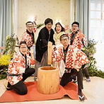 BLEU LEMAN 名古屋(ブルーレマン ナゴヤ):テーマの「まる」やクリスマスカラーでコーディネートされた空間。和装での餅つきにゲストも飛び入り参加!