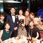 YOKOHAMA MONOLITH(横浜モノリス):夜会のムードを醸しだす大人のブラックドレス。フランベやカービングサービスなどシェフが魅せる料理演出も