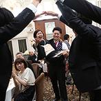 ピアザ デッレ グラツィエ:演出を詰め込み過ぎない進行で、わきあいあいと楽しむひととき。新郎の中座も友人のアドリブで大盛り上がり